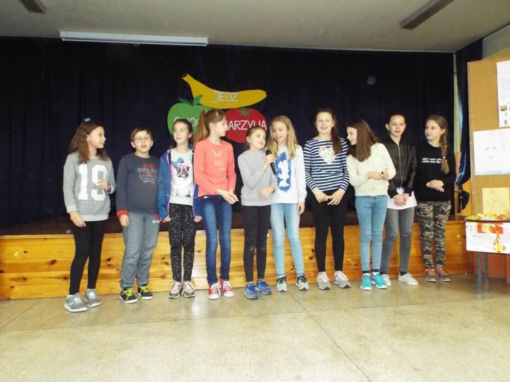 Jedz Owoce I Warzywa Szkoła Podstawowa Nr 13 Im